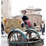 Marta Mingucci in Piazza Erbe